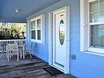 Chair,Furniture,Deck,Porch,Boardwalk