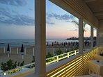 vista dalla terrazza del ristorante sulla spiaggia di Sampieri