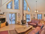 Living Room showing 20 foot Vaulted Ceilings