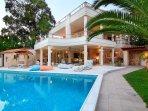 Luxyry villa SEA MELODY 30m. from the beach.