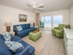 Cozy family room overlooking the Gulf with a smart TV and games