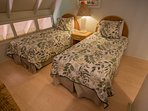 second room with twin beds