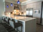 Amazing remodeled kitchen w bar