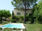 L'Ancolie : independent flat (53 m²) + private access in house + garden & pool