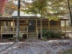 TOCCOA RIVER LOG CABIN- 3BR/2BA,AUTHENTIC DOVE TAIL CABIN ON THE TOCCOA RIVER