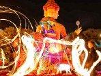 Fête du Citron, défilés et Corso de nuits avec feux d'artifices.