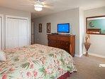 Bed,Bedroom,Furniture,Shelf,Indoors