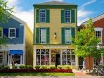 Walk to quaint shops, historical buidlings, carriage rides, award winning restaurants