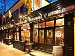 Enjoy irish music and fantastic food at the popular and authentic Irish Harp restaurant/ pub