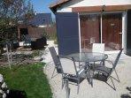 Extérieur table et chaises de jardin