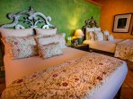 Poolside Suite - Two Queen Size Beds