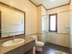 4th bathroom 1st floor