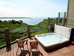 """""""Beach Nest""""HOT TUB, SAUNA, Endless Ocean Views,WiFi!"""