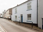 Grade II Listed Holly Cottage is steps away from Totnes High Street