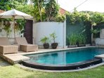 POOL AND LOUNGES