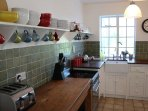 Vintage country style kitchen diner with all new appliances and comfortably sits six