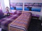 Habitación 1 cama de 135 y posibilidad de otra de 90cm