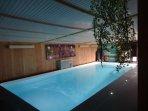 Au Vallon des Etoiles: baignade toute l'année dans notre Espace Détente