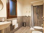 Casseda 2: The shower room