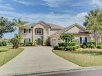 Dog-friendly home w/ shared pools, waterfront views by golf - snowbirds welcome!