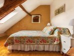 Wonderful 4th bedroom with a King size bed or that can be converted into 2 twins