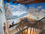 Frescos de la escalera del Palau de Miravet