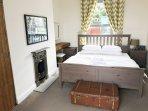 1st floor : bedroom 1 : king bed