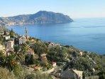 Pieve e il promontorio del Monte di Portofino.
