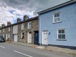 Albion house is an attached terraced house in Llanrhystud