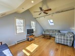 The loft provides comfortable furniture and a cable TV, perfect for teenagers.