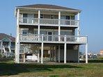 Deck,Porch,Building,Architecture,Mansion