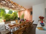 Private covered terrace and garden with BBQ
