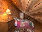 Queen bed in loft area