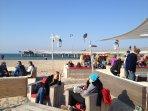 Chillen in der Beachbar an der Seebrücke