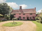 Abbey Farm, on the Norfolk/Suffolk Border perfect for relaxing and exploring this lovely rural area
