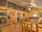 This cabin features natural wood elements, helping to create a rustic feel.