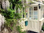 Welcome to Brooks' View, our romantic cottage retreat for two near Bath.