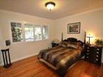 Guest bedroom, Double. Unit 1 Lot 100 Pine Mountain Lake Vacation Rental Creme de la Creme