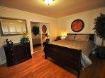 Guest bedroom, Queen. Unit 1 Lot 100 Pine Mountain Lake Vacation Rental Creme de la Creme