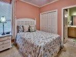 Snobeach - First Floor Queen Bed Room