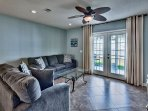 Summer Lake 35 - Large Living Area with Comfortable Seating