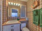 Sea Dream:  Bathroom.