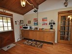 Coffee Bar, Sweet Whimsical Beautifully Renovated Cabin Unit 7 Lot 132 Pine Mountain Lake Vacation Rental The Wolffs Den