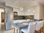 307S Open kitchen