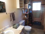 3-piece bathroom/utility room
