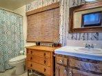Bathroom #1: Full size w/ bath tub