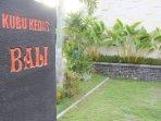 Kubu Kedas villas has very spacious parking lot