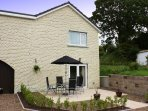 St Helen's Apt 2 with patio area, sleeps 4, parking for 2 cars