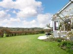 Delightful holiday cottage, less than a mile from Saundersfoot beaches