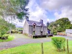 This detached farmhouse stands in a privat location on the outskirts of Brithdir, near Dolgellau